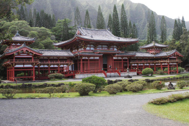 The Byodo-In Temple - Oahu