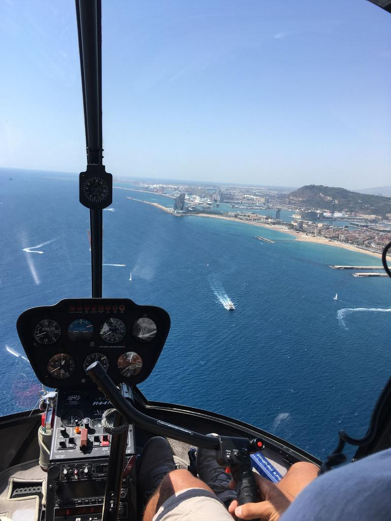 Barcelona Highlights: Premium Small Group Walking Tour, Cruise and Helicopter Flight
