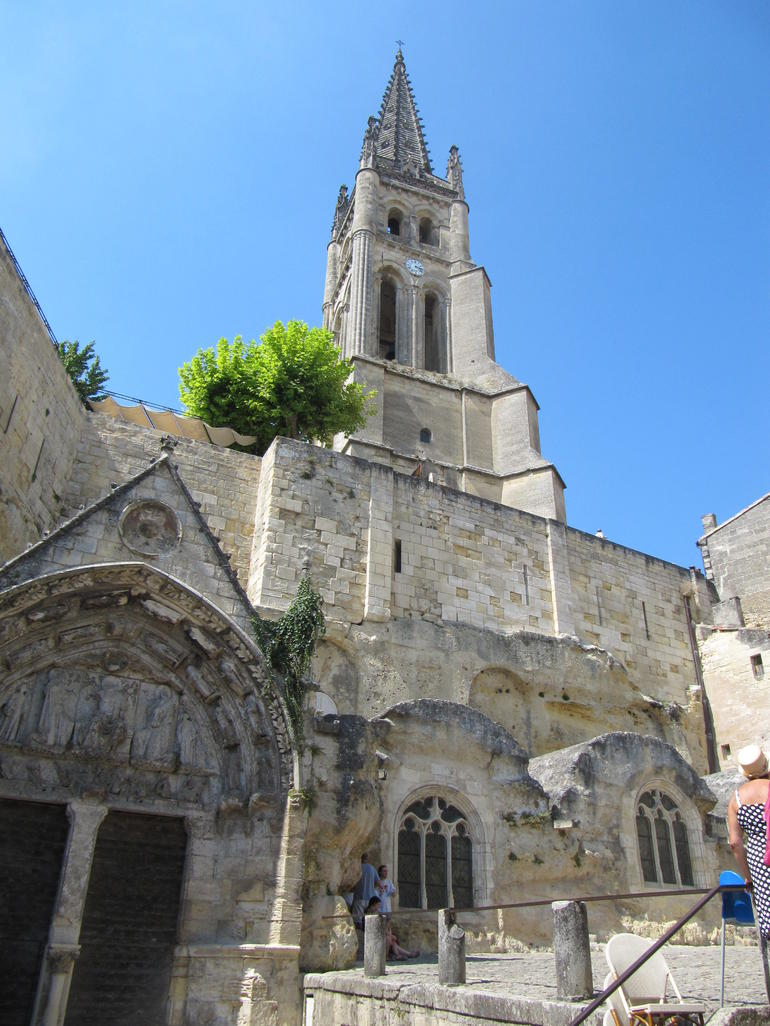 Saint Emilion Half-Day Trip with Wine Tasting & Winery Visit from Bordeaux