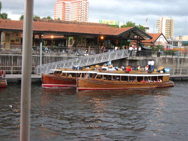 Tigre Delta day trip - public boats - Buenos Aires