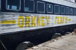 El barco que viaja a las Orcadas , abrahammolina - August 2014