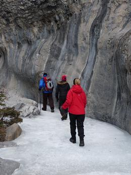 Tramping along Grotto Canyon., Kelly G - February 2010