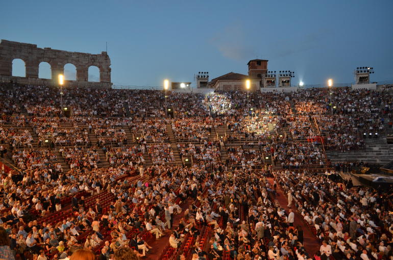 L'Arena-La Traviata Opera - Verona
