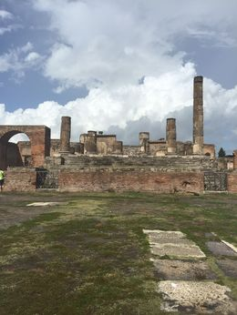 Pompeii , Elizabeth H - September 2015