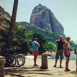 This is vermelha beach were we stopped to chill for a while and drink some cold coconuts. , Cesar G - December 2015