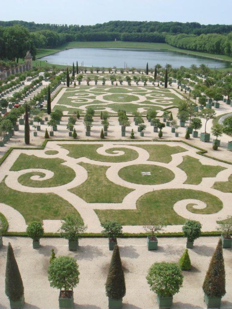 Versailles Gardens - Versailles