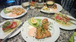 Delicious fischmeal, Jacobsmuschlen, King prawn and Steinbeisfilet enjoyed with cold white wine. , Michael H - May 2013