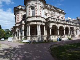 Nice building in El Tigre , Diana Mihaela I - March 2013