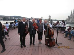 We enjoyed the musicians a lot! , Jo - August 2016