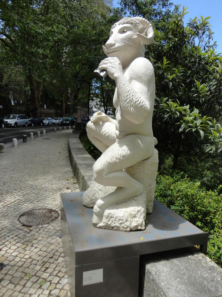 Open-air sculpture, Sintra - Lisbon