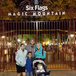 Six Flags Magic Mountain equals family fun time - March 2016