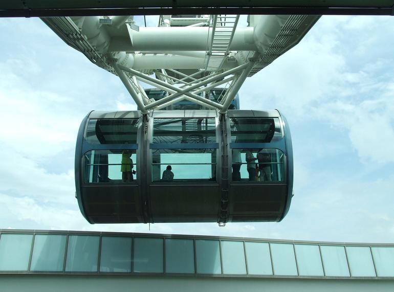 Flyer Pod - Singapore