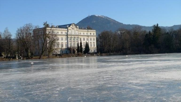 Frozen lake - Vienna