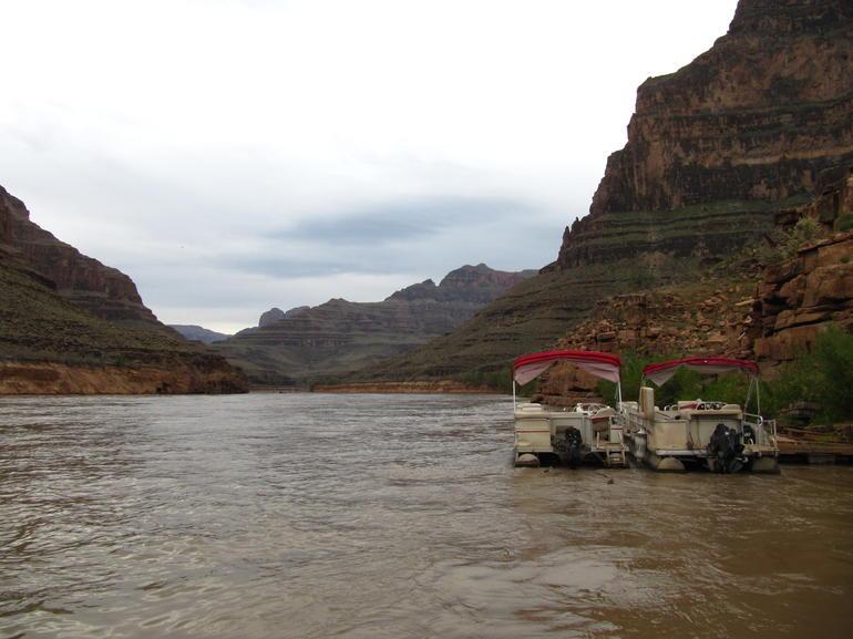Colorado River Boat Ride - Las Vegas