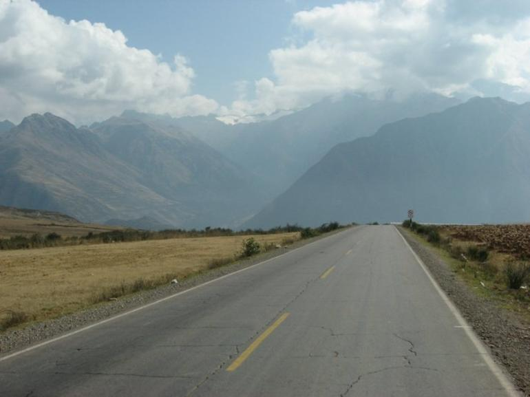 Open Road - Cusco