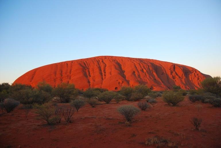 Uluru at sunrise - Alice Springs