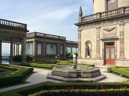 Visiting the castle , Nathalie G - September 2016