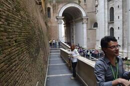 Adonai, el guía del Vaticano. INMEJORABLE , Gonzalo Ignacio C - October 2013