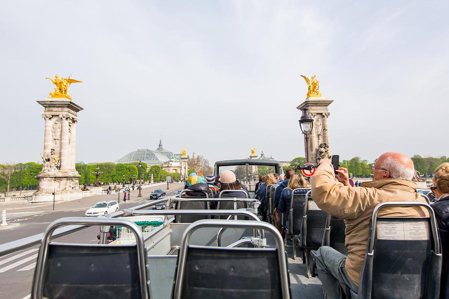 MÁS FOTOS, Excursión en autobús Big Bus con paradas libres por París
