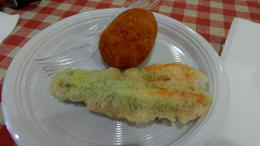 In the Jewish Ghetto, we had suppli which is apparently not the same as arancini. We also had the best fiori di zucca. YUM! , Gina G - August 2016