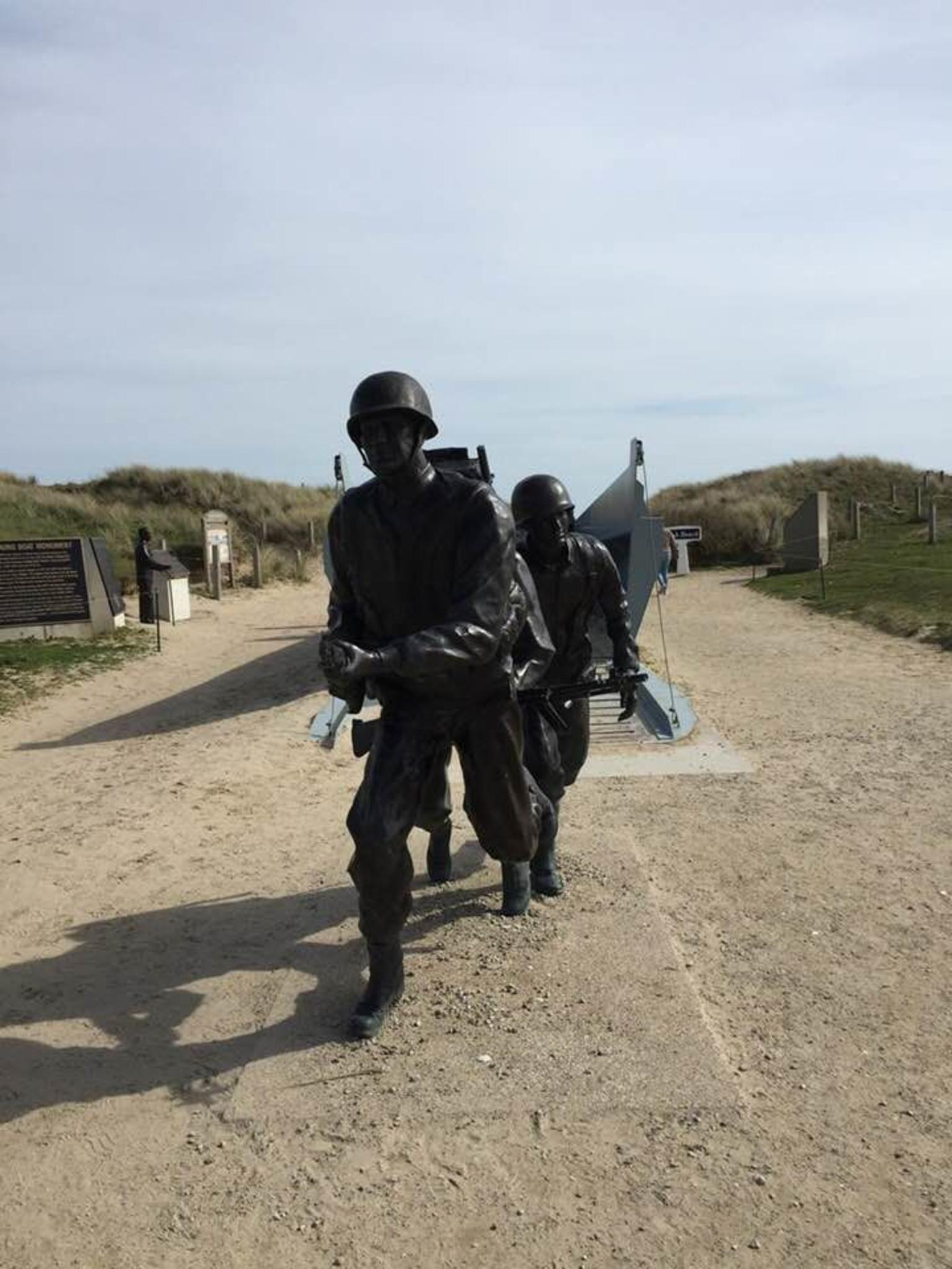 MORE PHOTOS, Normandy D-Day Landing Beaches Day Trip with Cider Tasting & Lunch from Paris