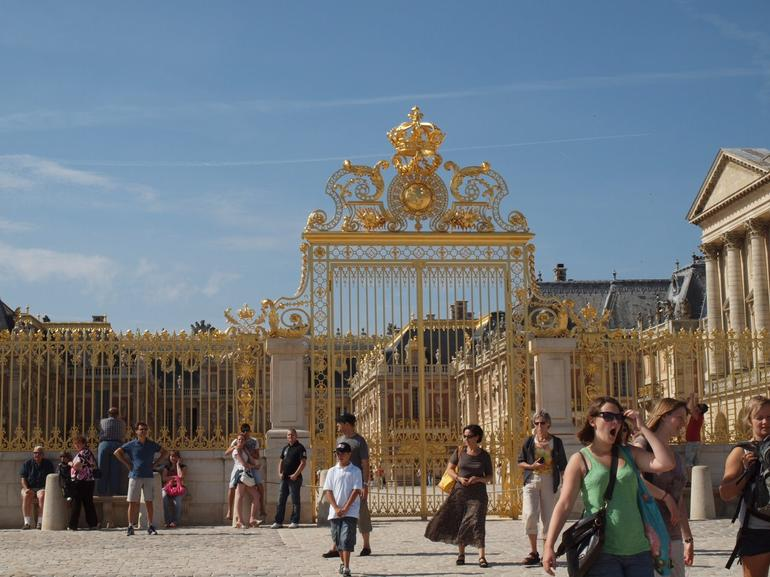 Versailles Half Day Trip from Paris by Coach with Independent Audio Guided Visit photo 33