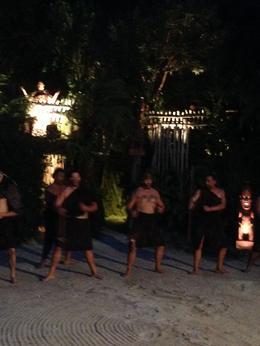 danses et rituelles d'accueil au village maori à Tamaki , Ghislaine R - May 2014