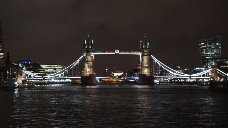 London Thames River Dinner Cruise