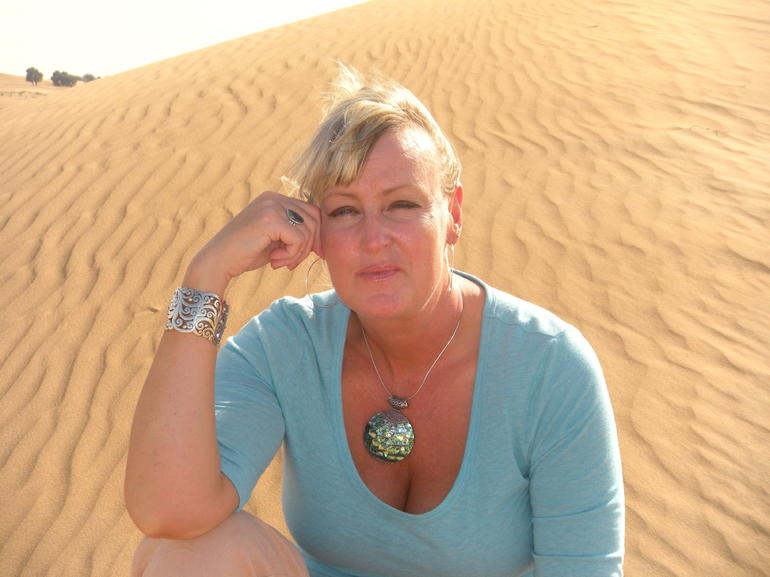 Diane on the dune - Dubai