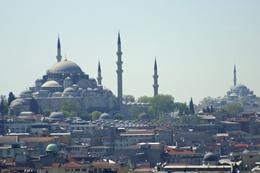 Since we went on our tour Sunday and the Grand Bazaar was closed, we went to he Galata Tower- Photo is a view of some our morning tour sites - May 2010