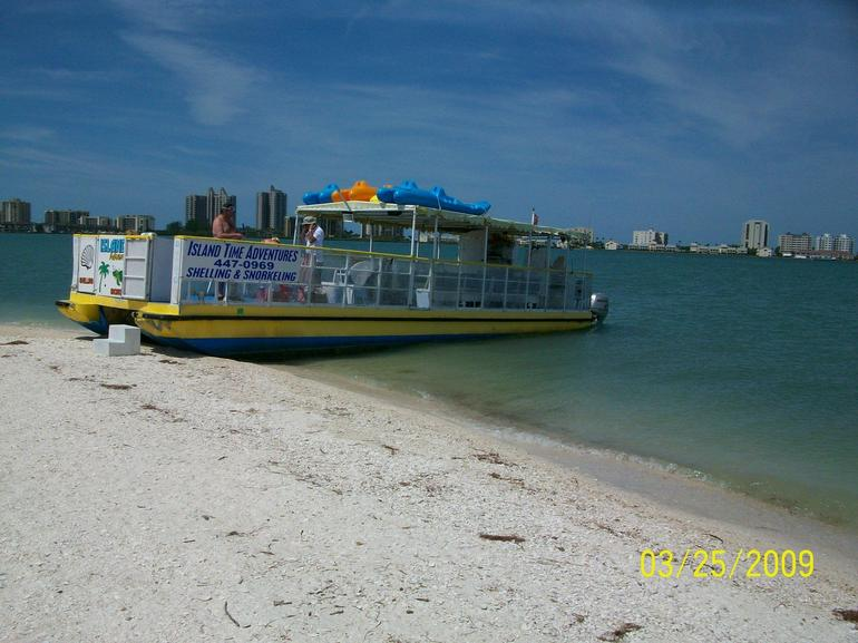 Shelling boat, Clearwater Beach - Orlando