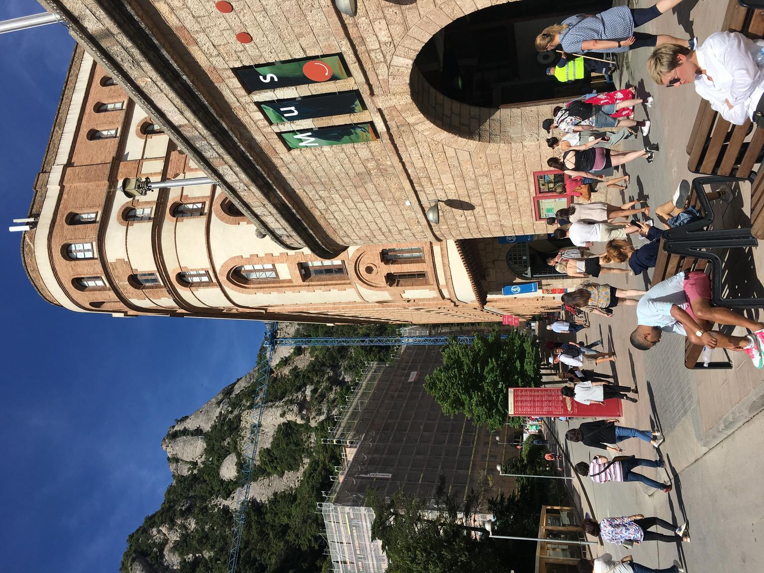 MAIS FOTOS, Montserrat com almoço e degustação de vinhos gourmet incluída