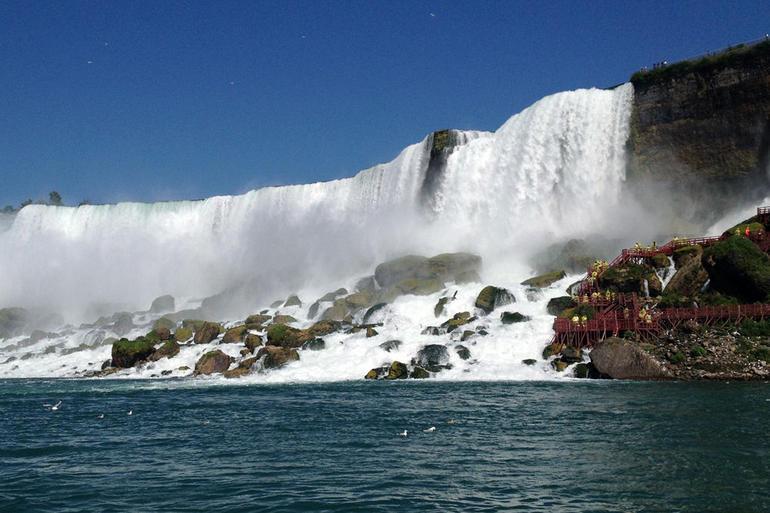 Maid of the Mist Steamboat - Niagara Falls & Around