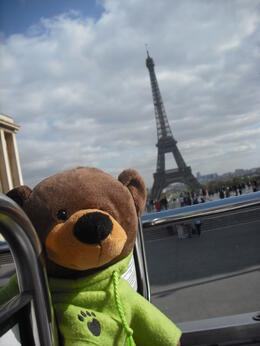 Me out and about again seeing all trhe sights around Paris. , Bernard W - September 2011