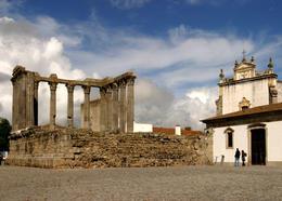Square in Evora, Portugal with Diana temple - November 2011