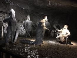 Carvings in the salt mine , Martin H - June 2017
