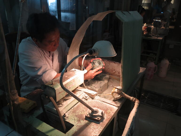 Jade Making at the Jade Factory - Beijing