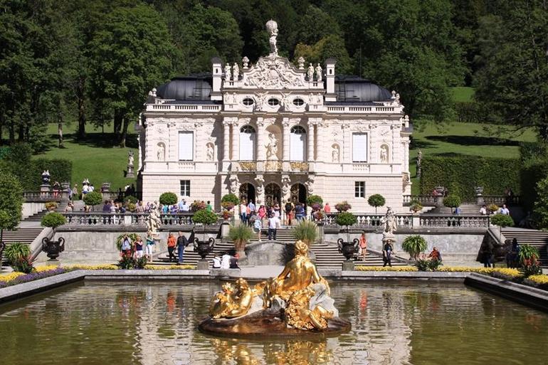 Linderhof Palace - Munich
