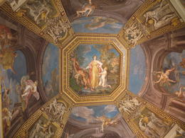 Lovely ceiling art, Laura All Over - August 2014