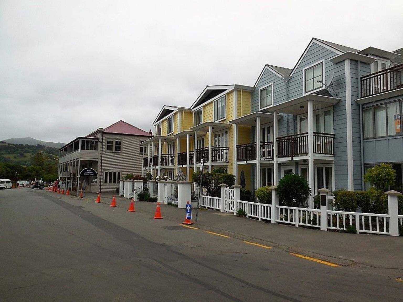MÁS FOTOS, Akaroa Shore Excursion: Banks Peninsula, Christchurch City Tour and the International Antarctic Centre