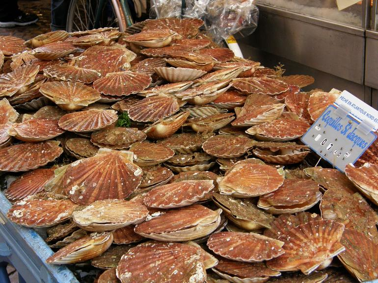 Food Markets in Paris - Paris