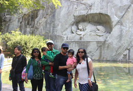 infront of lion monument , Hridhya - August 2015