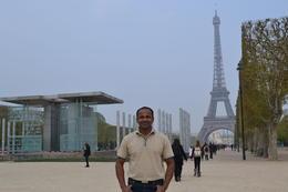 at eiffel tower , Raj Shetty - April 2012