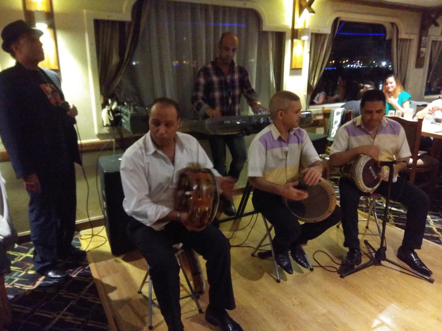 MÁS FOTOS, Cairo Dinner Cruise on the River Nile with Belly Dancing Show