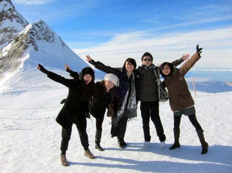 jungfraujoch-journee-complete-montagnes-suisse