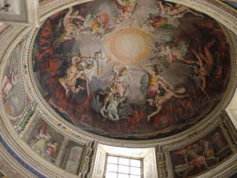 Impressive ceiling art, Laura All Over - August 2014