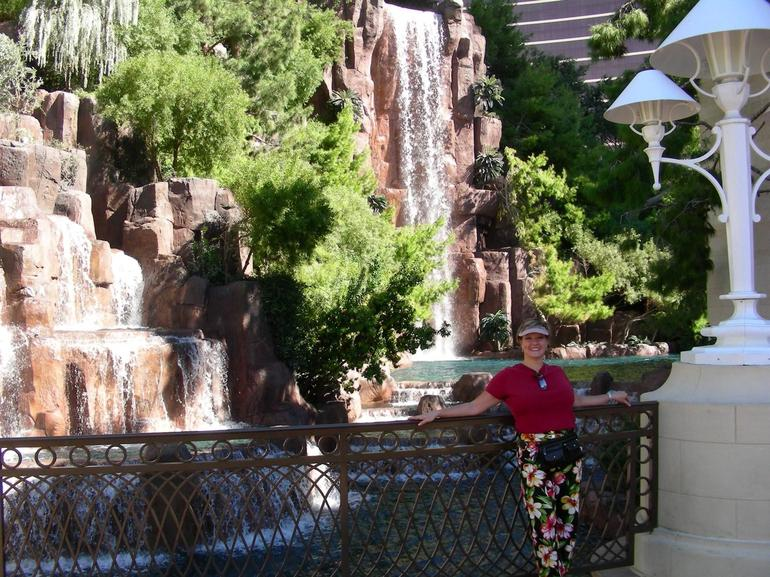 The Wynn Waterfall - Las Vegas