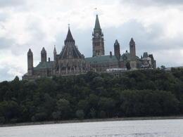 Parliament building , William H - September 2017