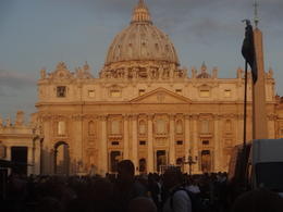 Praça do Vaticano , Christiane M - October 2014