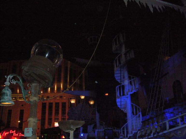 Sirens of TI - Las Vegas